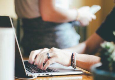 Teknologi på arbejdspladsen:  Skaber motivation og et bedre sammenhold